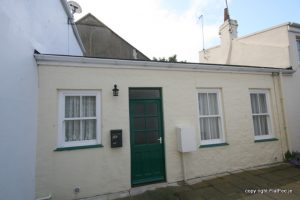 1 Bed Town cottage